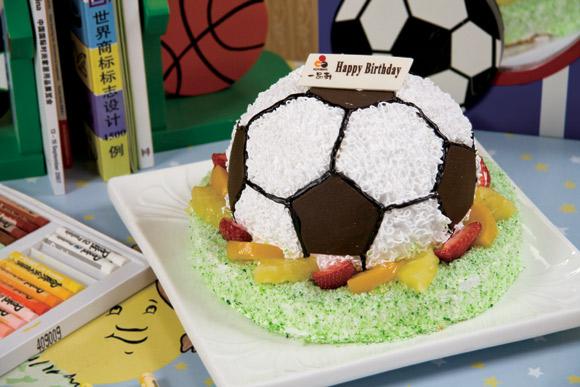 一品轩蛋糕\/足球小子(3磅):限订3磅,蛋糕+双层