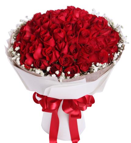 满天星围绕 包 装:内层咖啡色厚棉纸,外层白色牛油瓦楞纸,红色缎带花
