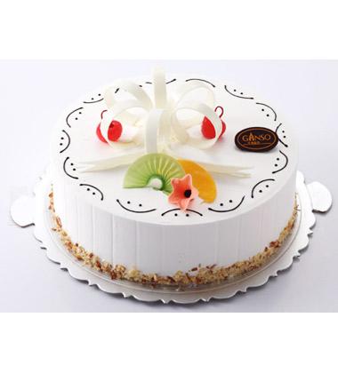 """蛋糕上的""""生日快乐&"""